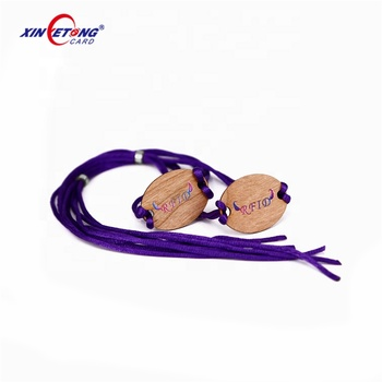 Eco-Friendly FM11RF08 1K Wooden RFID Tag With Rope For Wristband Using