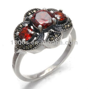 925 sterling silver ring with marcasite