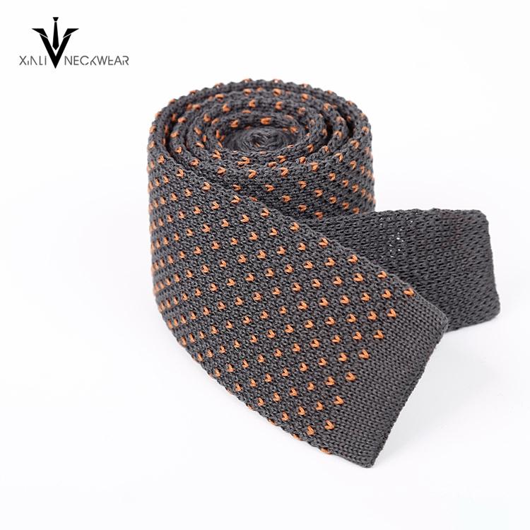 Algodón de punto hombres corbatas de seda con bordados color puntos ...