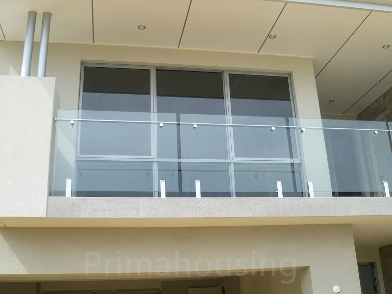 Stainless steel spigot glass railing tempered glass for Glass balcony railing