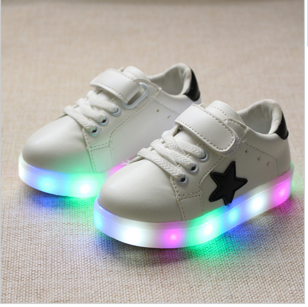 Children Casual Shoes 2016 Fashion Boys Girls Sport Shoes Baby LED Light Luminous Sneakers Flasher Baby Snow Boot