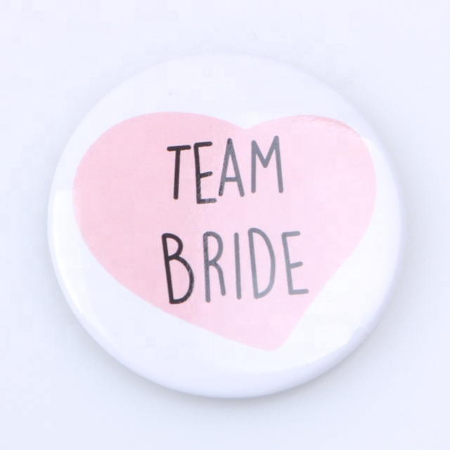 Wedding party bride's letters printed white heart-shaped round metal badge bachelor party round button badge