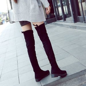 2018 winter new over-the-knee boots flat Keep warm Slim fit lady's boots