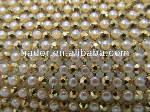 3mm Aluminium sheet mesh with resin stone and pearls on it