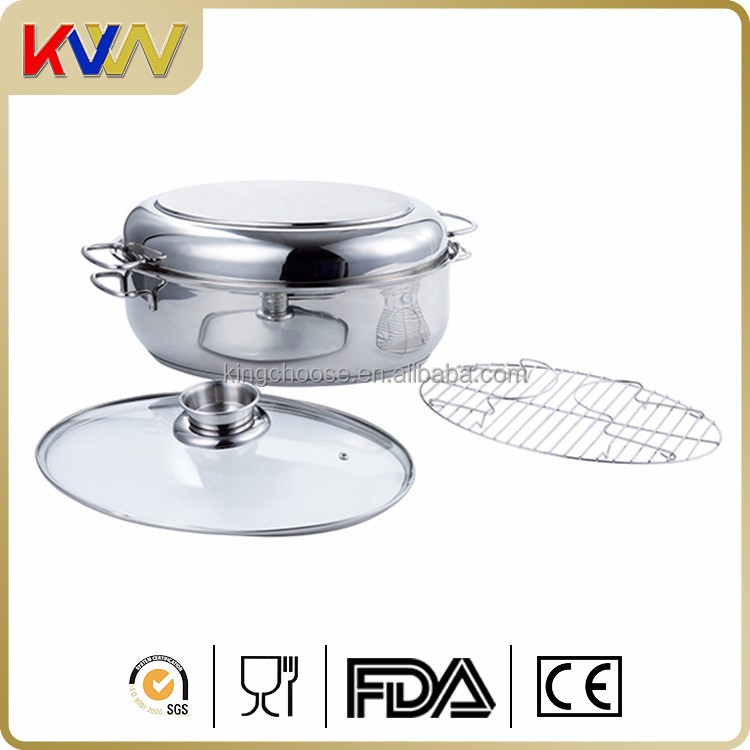 Stainless steel covered oval roaster with rack