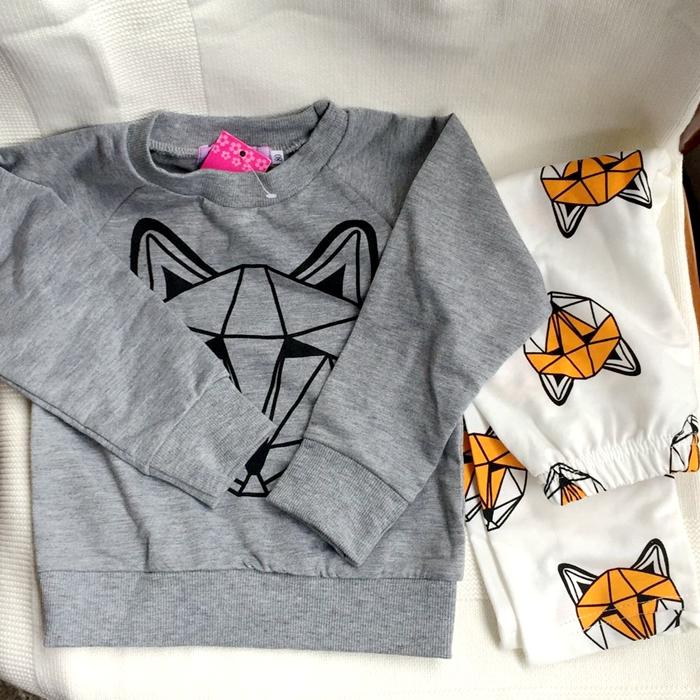 2016 kids clothes boys sets girls two pcs FOX fashion boy girl fox suit gray sweater White Print Pants