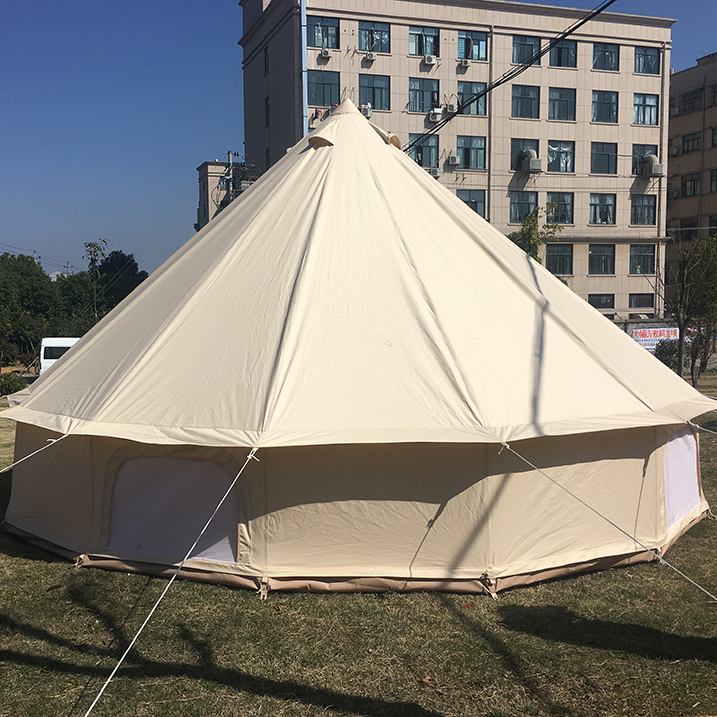 Alibaba.com / 5M Cotton Oxford Waterproof Canvas Bell Tent Luxury Glamping tent