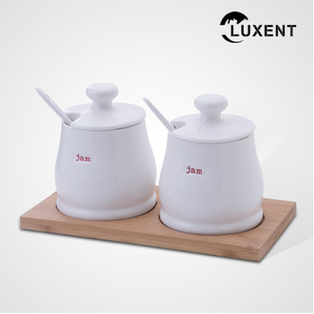 Manufacturer Wholesale Kitchen Tool White Color Customized Ceramic Spices Pot