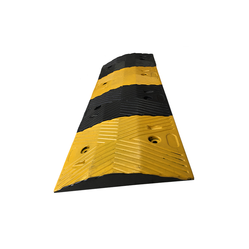 11kg Road Driveway Traffic Calming Rubber Speed Hump For Garage