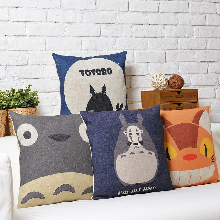 Free Shipping Linen Fabric Throw Pillow Hot Sale New Fashion Christmas Decor 45cm Totoro Home Office Sofa Cushion for Leaning On