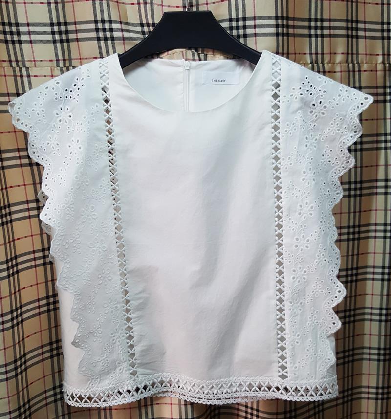 dd3b3c323b2f8 Women elegant lace cotton blouse new fashion lace top blouse designs  wholesale manufacturer