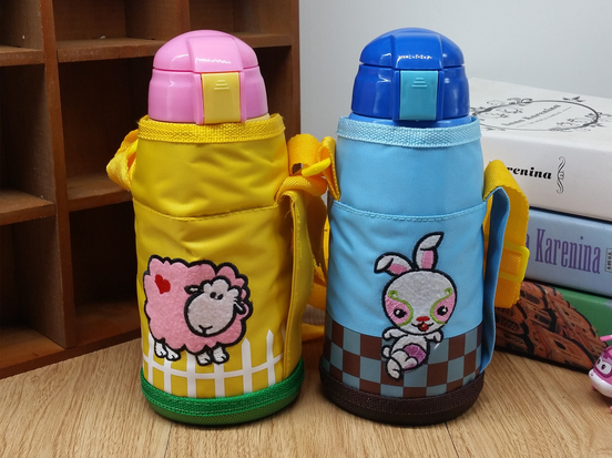 Kids metal water bottle/vacuum bottle with straw /thermos bottle