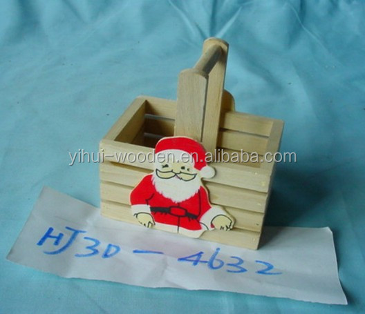 Mini wooden basket with handles for Christmas