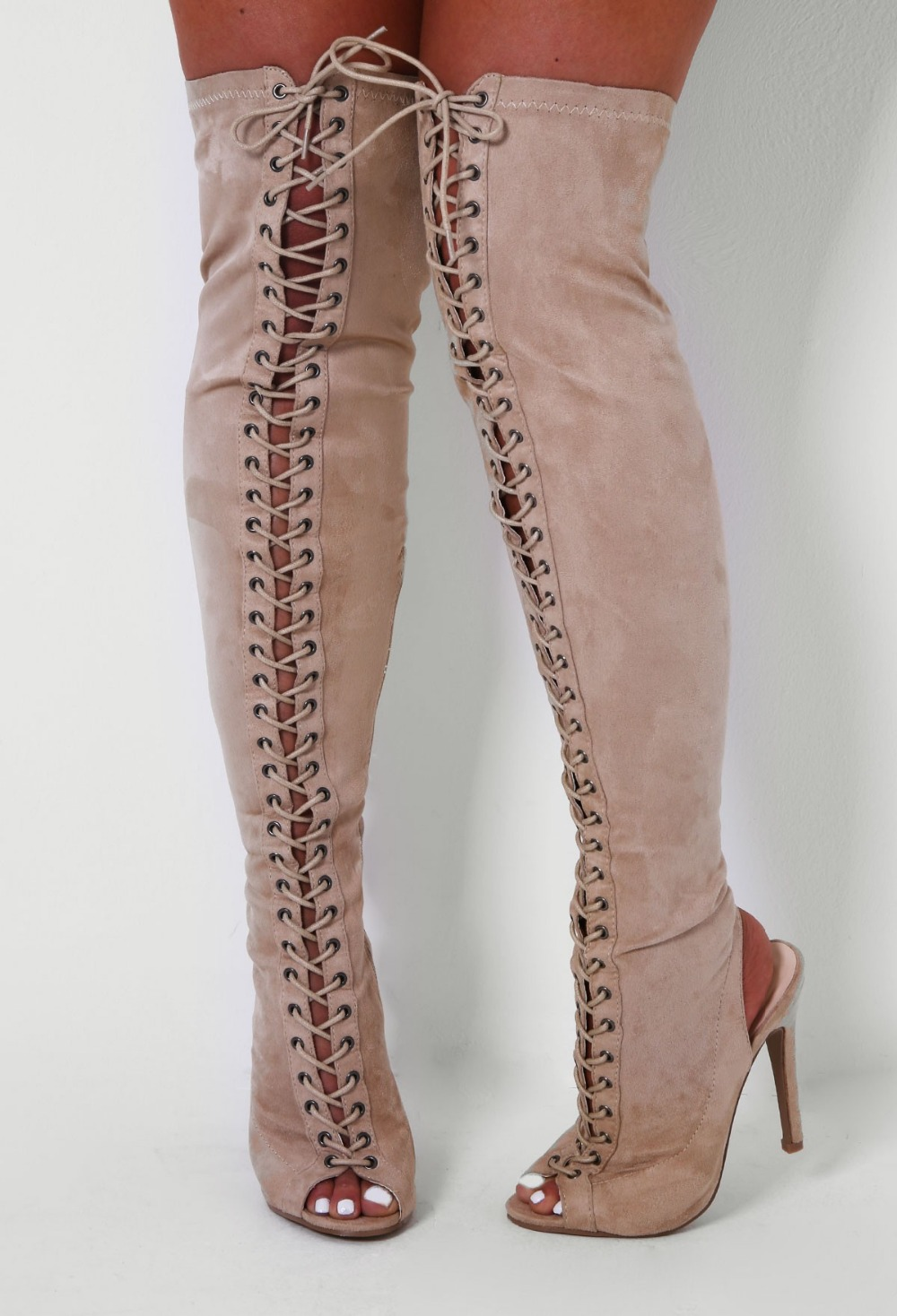 "023488109 Lace Knee High Heels. """