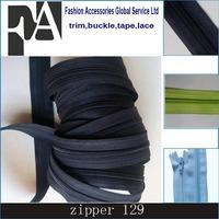 #3 coil separating Nylon zipper in roll