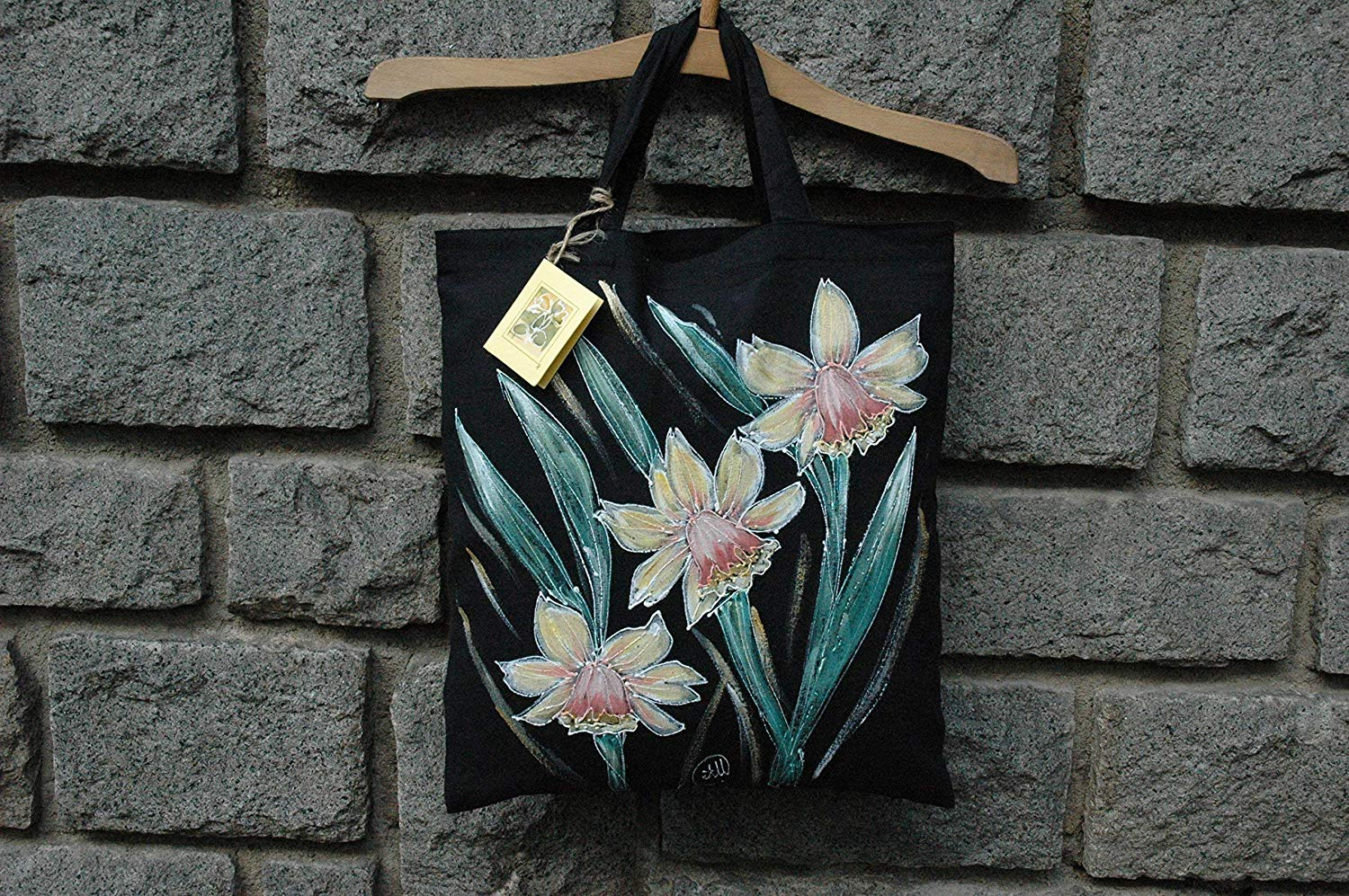 Sale!!!15% Off,Hand Painted Yellow Daffodils Tote Bag,Flower Tote Bag,Daffodils Shopping Bag,Cotton tote bag,Daffodils Gift Bags,Birthday gift Bag,Black Bag,Woman Gifts