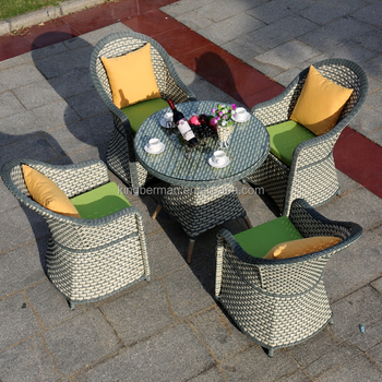 2016 New Arrival Great Waterproof Outdoor Dining Table Set Wicker Furniture