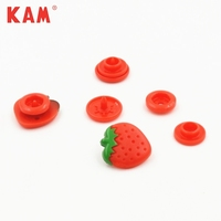 customized colorful red cute lovely strawberry shape 4 parts plastic snap button for kid garment clothes cloth bag dress