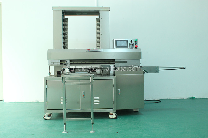 crossant forming machine in bread production line in food machine