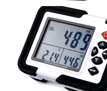 HT-2000 3-in-1 CO2/ Temp /RH Data logger with 3.5 display.