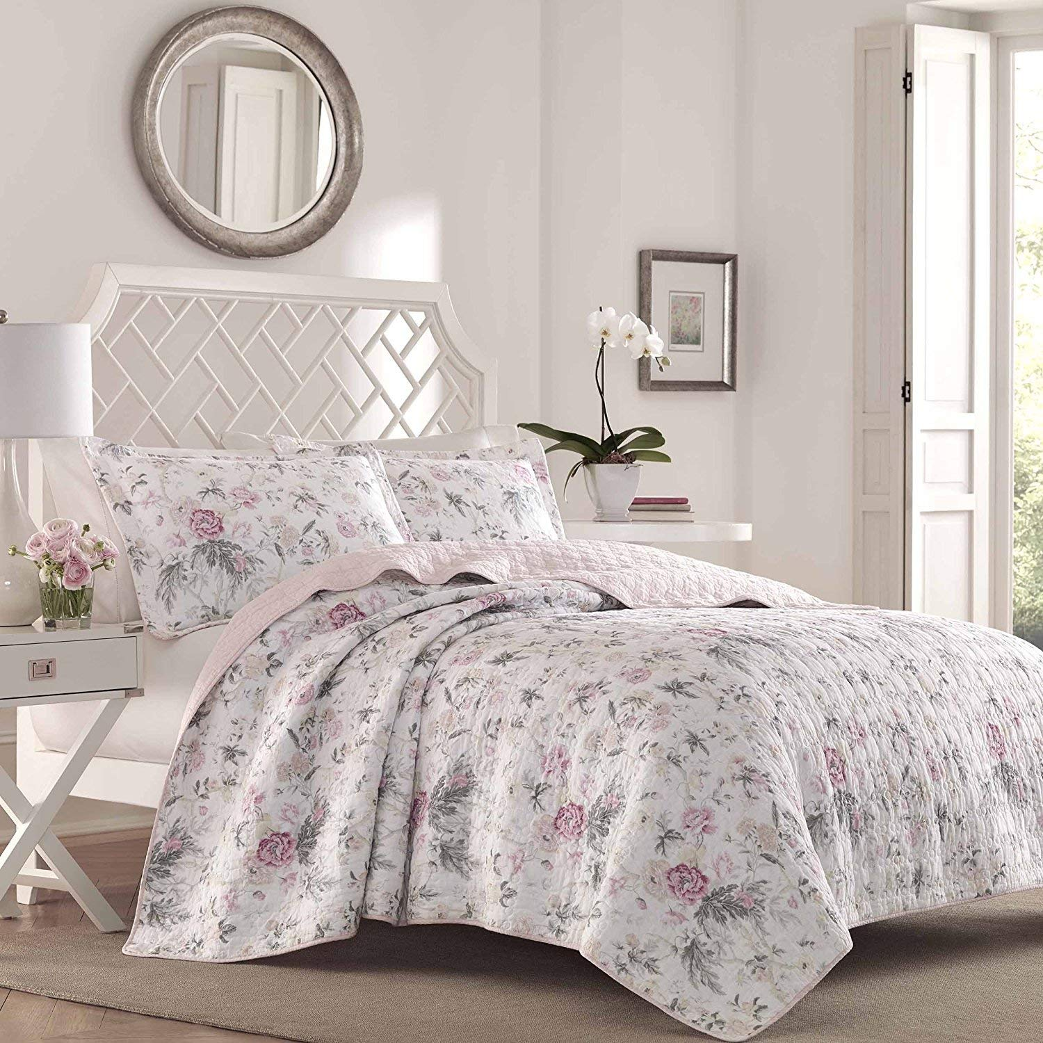 3pc Girls Floral Pattern Quilt Full/Queen Set, Chic Hippy Indie, Vibrant Colors Pink Grey, Tufted Bedding, Elegance Rich Classy Bohemian Flowers Themed, Modern Bedrooms