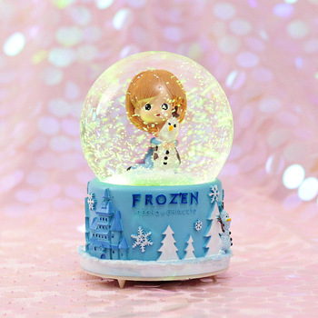 Wholesale rotating crystal polyresin wedding lovers friends snow globe valentines day gifts with Music Box