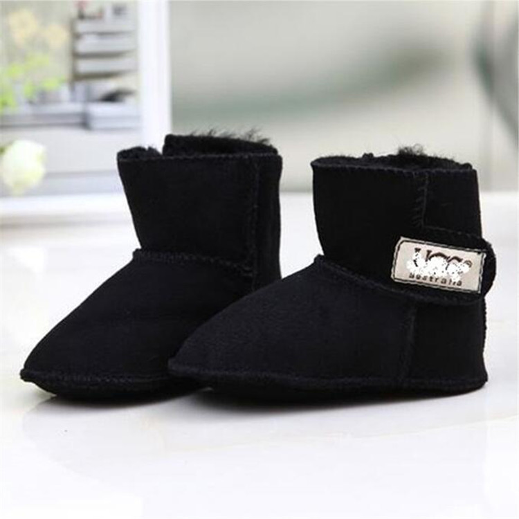 Top quality sheepskin wool winter snow boots for newborn baby