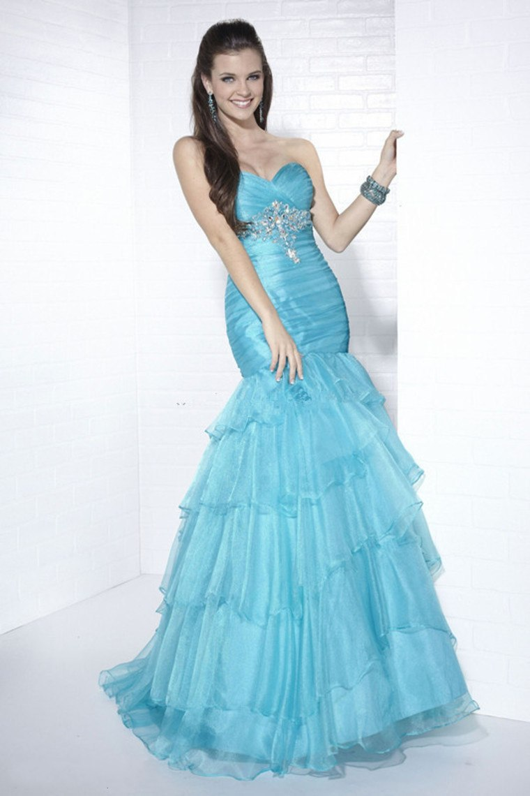 Cheap Prom Dresses, find Prom Dresses deals on line at Alibaba.com