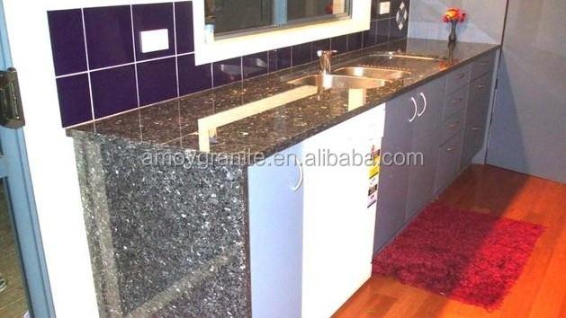 Blauwe parel graniet, stenen aanrecht in de keuken, decoratieve ...