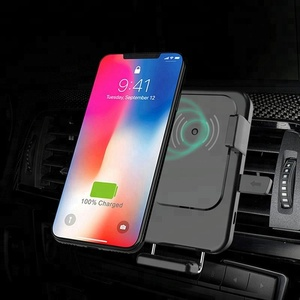 Cheap fast car wireless charger with sucker and bracket widely used in air outlet car and mobile phone