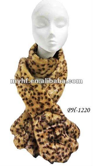 2012 high quality Plush paw and claws fluffy scarf