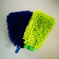 Cleaning tool for hands microfiber fabric chenille glove wash mitt car