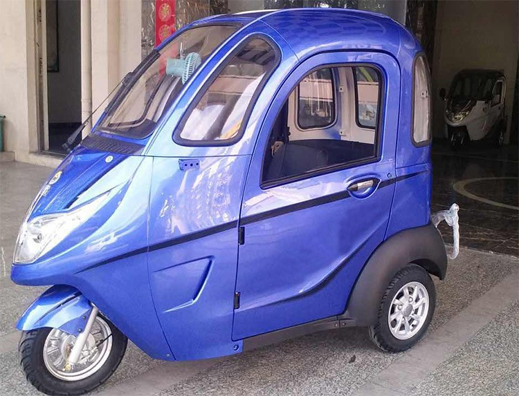 Enclosed cheap adult electric tricycle with passenger seat