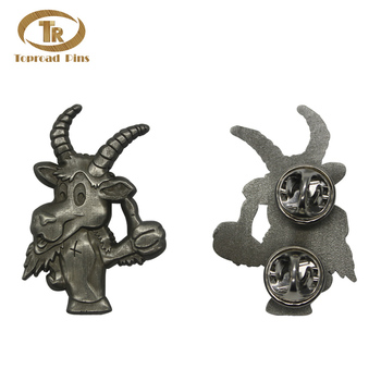 "Wholesale new design cute cartoon lapel pin free sample crafts dairy ""very good"" metal cow pin badge"