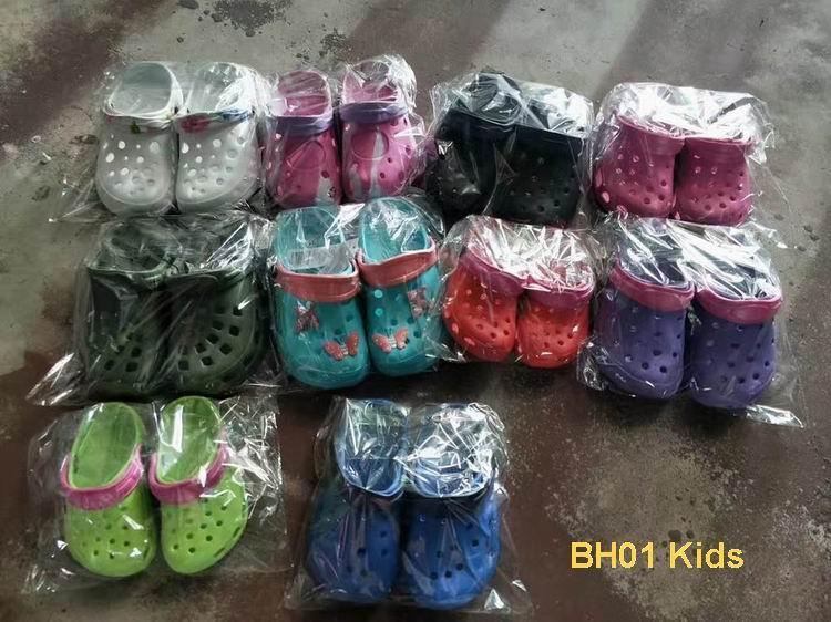 stock lot shoes children clogs kids hole garden shoes