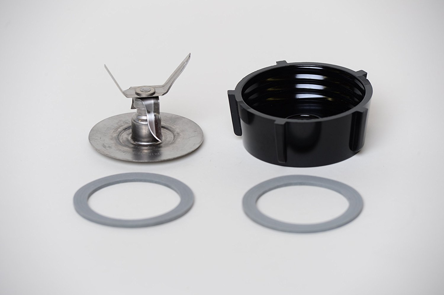 JGE Ice Crusher Blade with Replacement Jar Base Cap, 2 Rubber O Ring Sealing Ring Gaskets Combo,Fits Oster