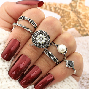 6pcs/Set Artificial Pearl Retro Rings Set For Women Punk Gold/Silver Alloy Midi Knuckle Finger Ring Sets Fashion