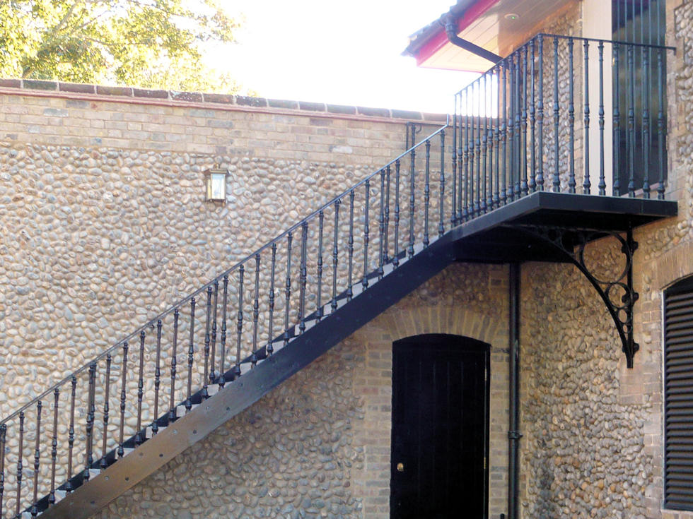 timber spiral staircase/ outdoor straight staircases design