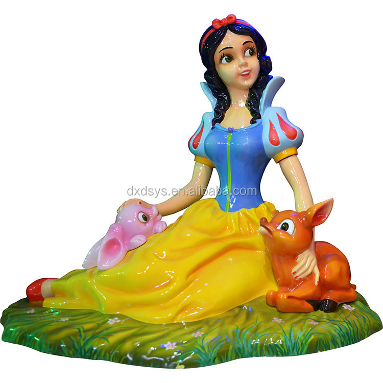 High quality outdoor artificial resin life size snow white sculpture