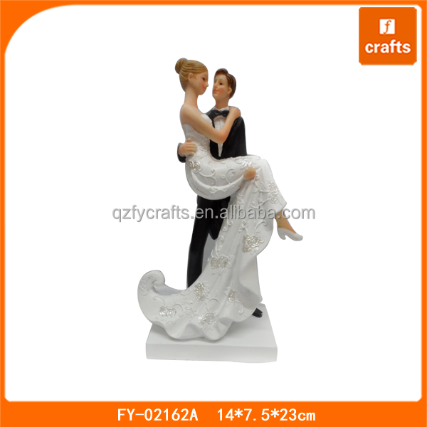 Custom wedding favors gifts resin wedding figurine