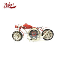 Unique motorcycle shaped red body gold lined fashionable gift clock