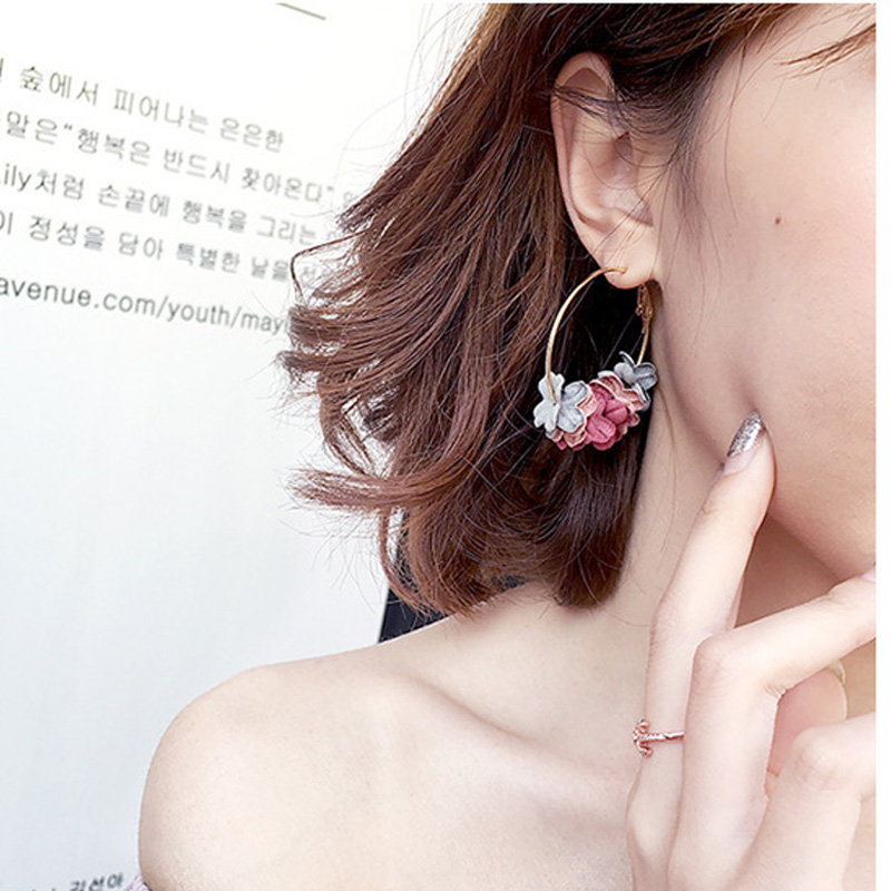Elegant <strong>Rose</strong> Fabric <strong>Flower</strong> Drop <strong>Earrings</strong> For Women 2020