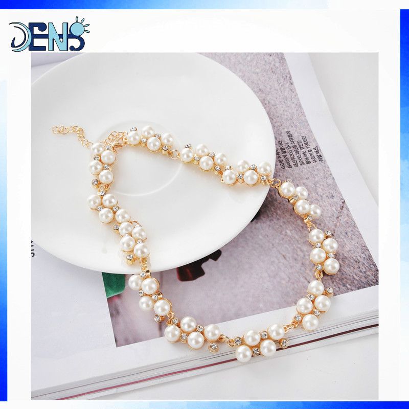 Collares de perlas al mayor