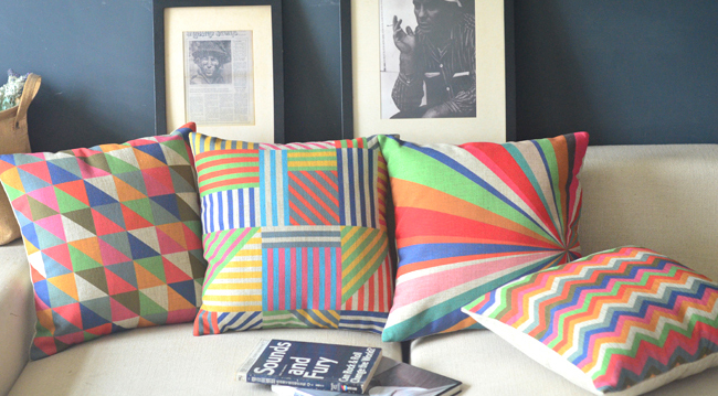Wholesale 4PCS Psychedelic Geometric Chair Pillow Vintage <font><b>Elegant</b></font> Pillows <font><b>Home</b></font> <font><b>Decor</b></font> Bright And Colorful Pillows Decorate