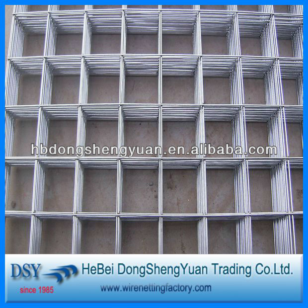 Used for fence smooth surface galvanized welded wire mesh panels manufacturer