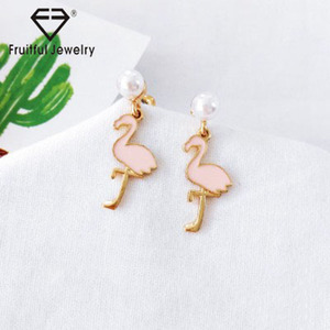 Popular girl accessories Cartoon flamingo temperament simple pink earrings antique jewelry women need tops designs earring tops