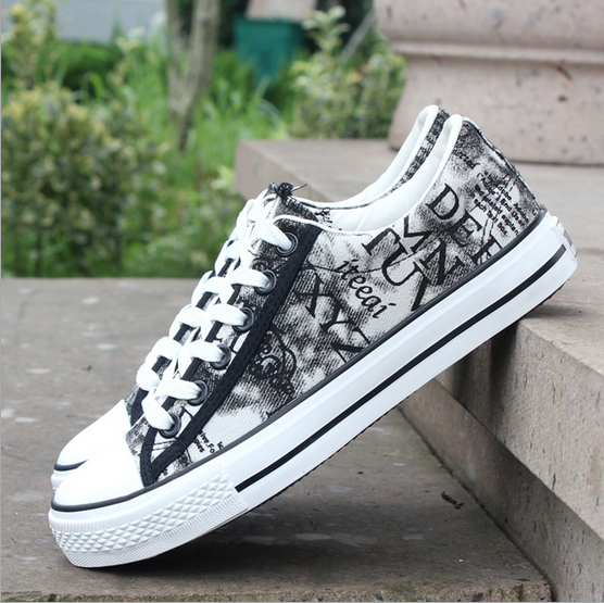 2017 printed shoes wholesale men canvas sheos