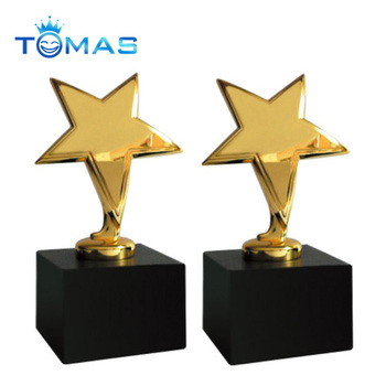 Hot Design Metal Resin Golden Star Trophy