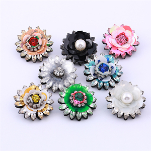 Rhinestone Pink big flowers appliques patches Brooches With Resin Beads For Women And Girls Sequins Plant Banquet Brooch Pin
