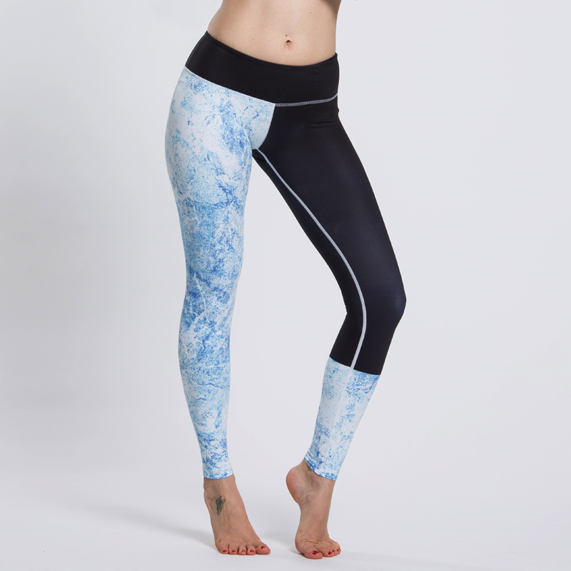 Women-sports-pants-made-of-stretch-nylon